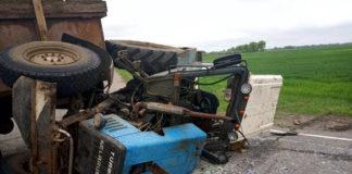 В Брагинском районе легковушка столкнулась с трактором