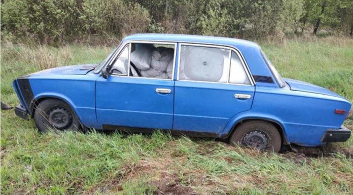 Белорус на груженом краденым комбикормом ВАЗе пытался скрыться от ГАИ