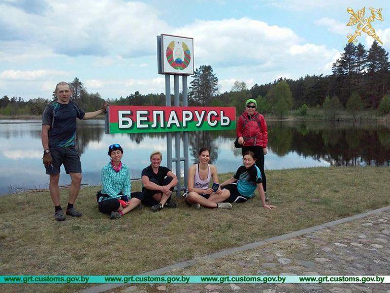 Велосипедисты из Польши и России первыми пересекли границу в пункте пропуска «Лесная»