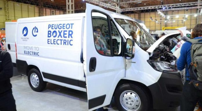 Peugeot Boxer и Citroen Jumper стали электромобилями