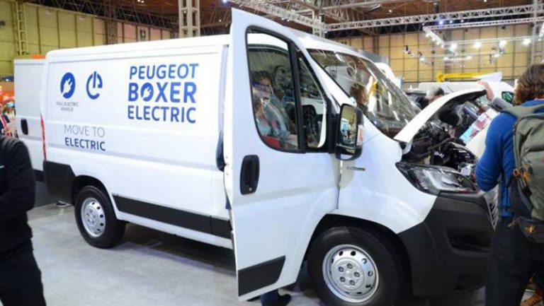 Peugeot Boxer и Citroen Jumper стали электромобилями