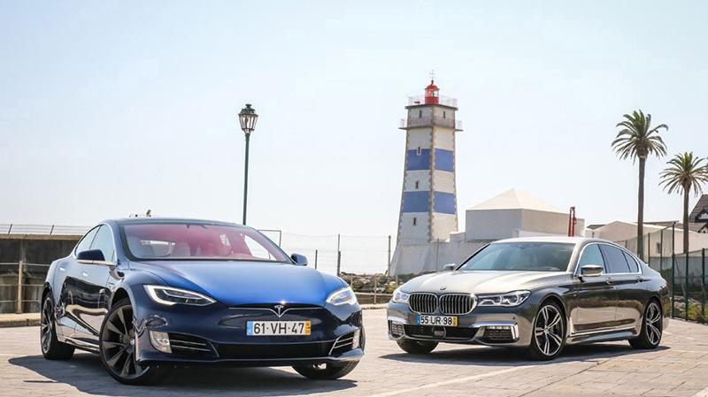 Сравнительный тест автомобилейBMW 7 и Tesla Model S