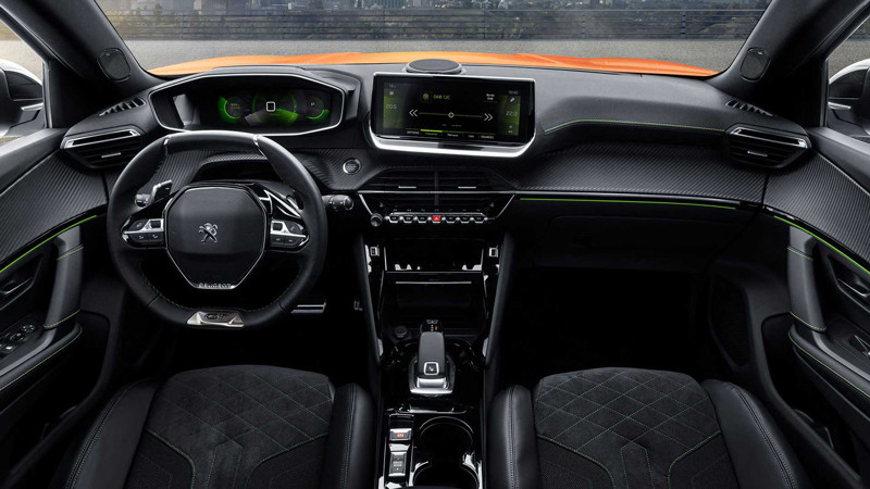 Новый Peugeot 2008 электризовался