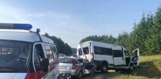 Под Минском столкнулись два такси: один человек погиб