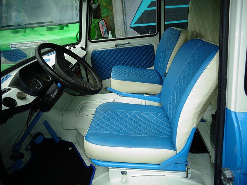 Обивка сидений и кабины