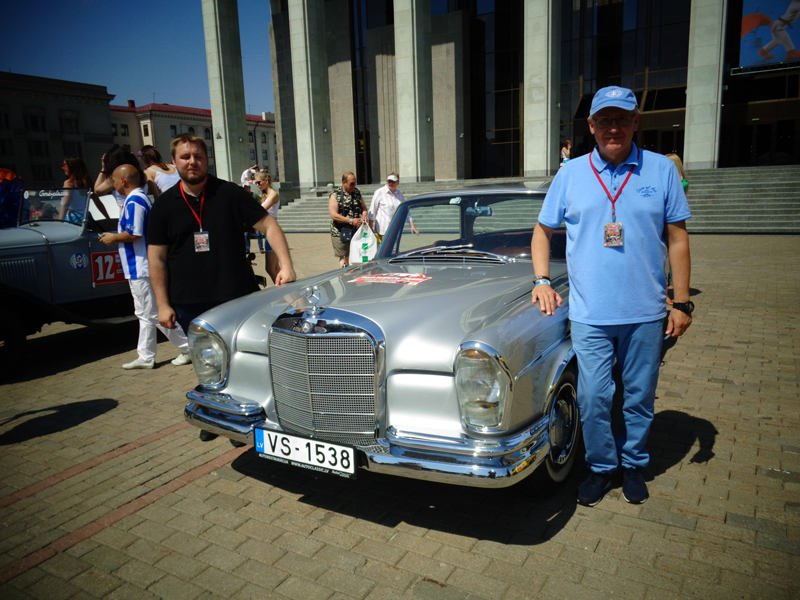 Представители Латвии Геннадий и Александр Луговец