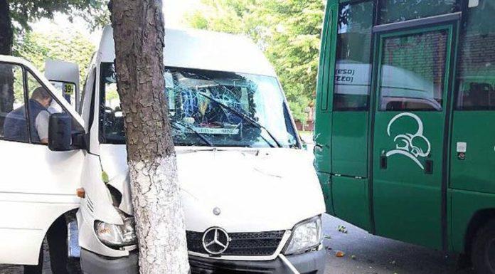 5 человек госпитализированы в результате ДТП в Барановичах