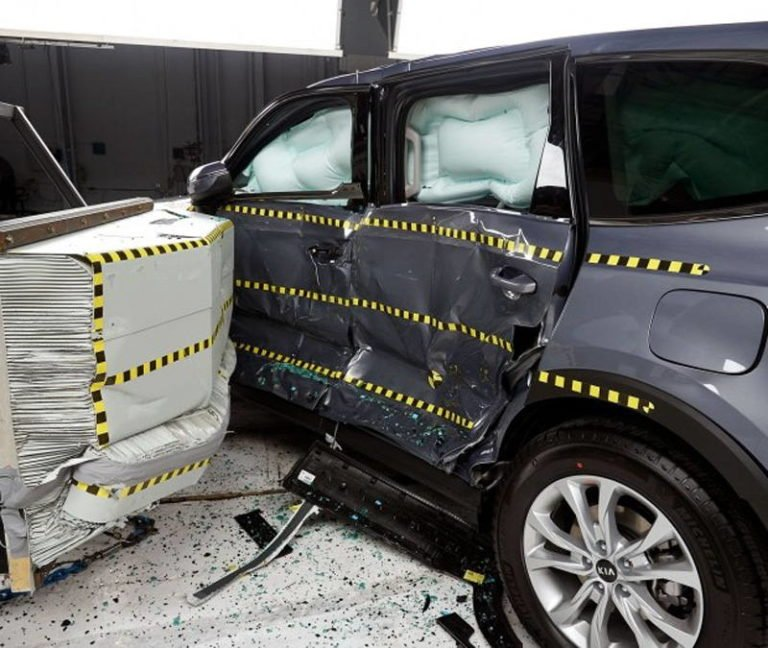 KIA Telluride получил пять звезд за безопасность
