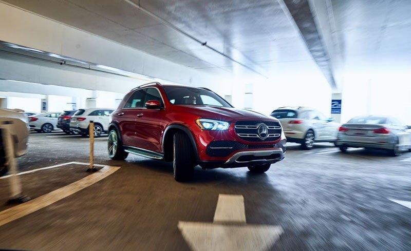 BMW X5 vs Mercedes-Benz GLE: немецкие американцы