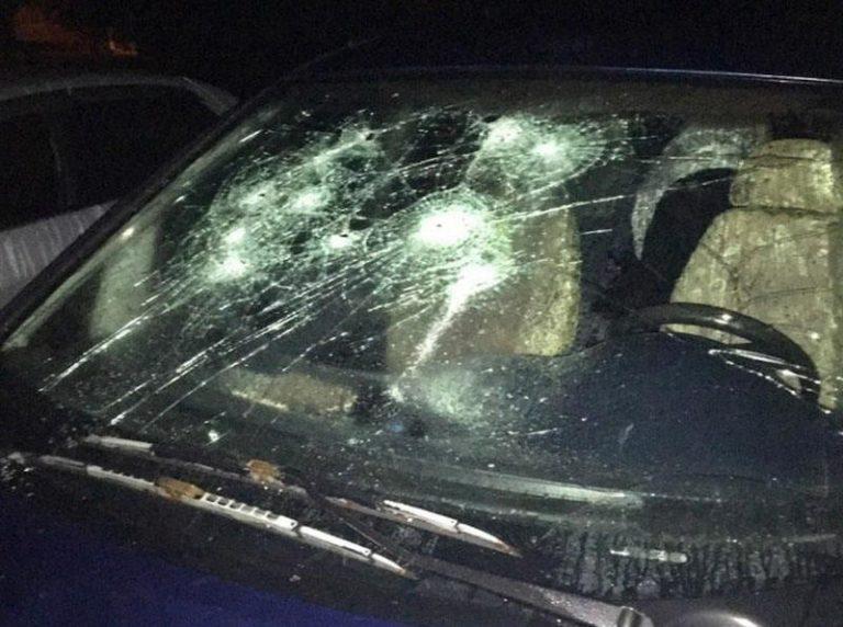 В Старых Дорогах пьяный мужчина повредил 6 автомобилей.