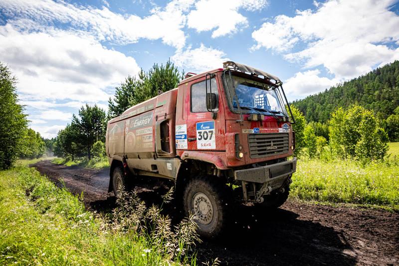 Капотный МАЗ победил на первом этапе ралли «Шелковый путь»