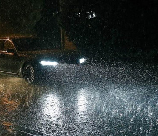 Особенности вождения в дождь