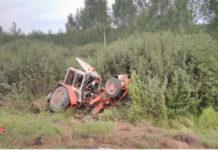 В Могилевской области столкнулись микроавтобус и трактор