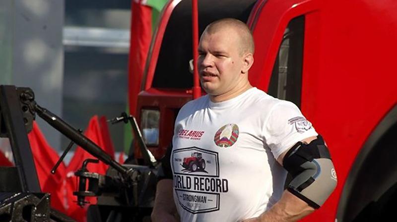 Белорусский силач сдвинет 15 тягачей МАЗ ради мирового рекорда