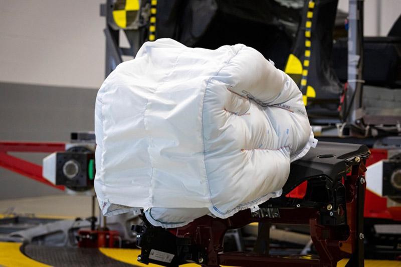 Honda разрабатывает инновационную подушку безопасности