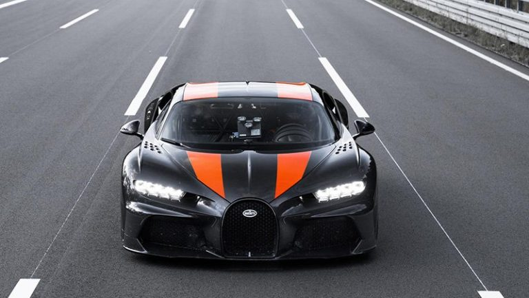 Гиперкар Bugatti Chiron разогнали до 490 км/ч
