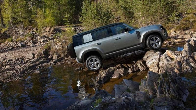 Land Rover возродил Defender