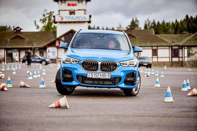 BMW xPLORATION TOUR: