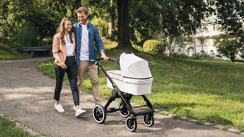 Bosch разработала «умные» электроприводы для детских колясок