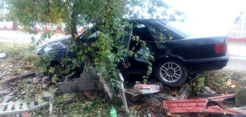 В Житковичком районе пьяный бесправник снес бетонное ограждение