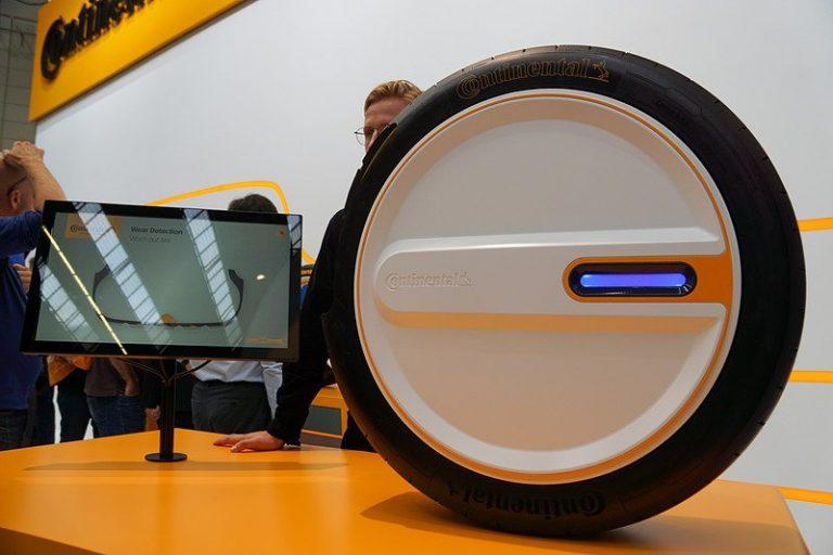 Производитель Continental представил умные самоподкачивающиеся шины