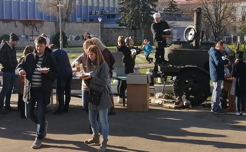 В Минске отметили День автомобилиста и дорожника