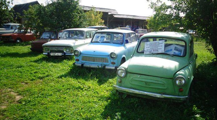 Музей ретро транспорта в деревне Забродье