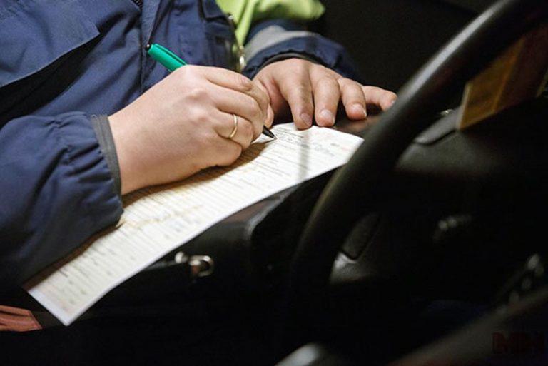 Брестчанин попытался дать взятку автоинспектору