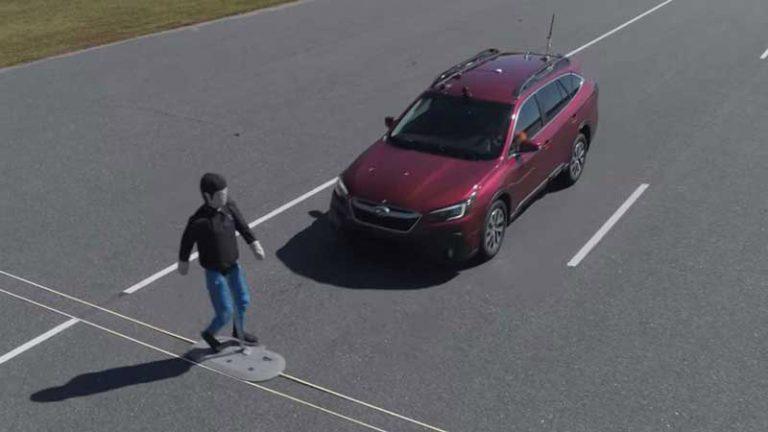 Названы самые опасные для пешеходов автомобили