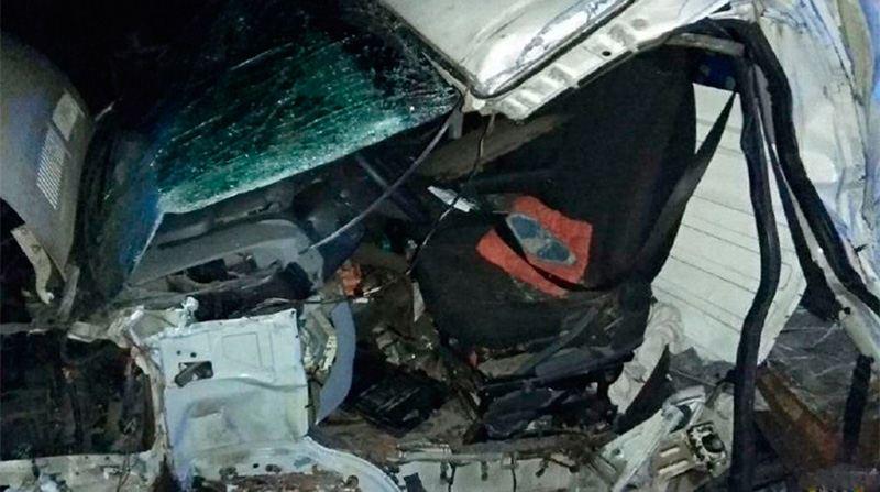 В Петриковском районе столкнулись микроавтобус и грузовик