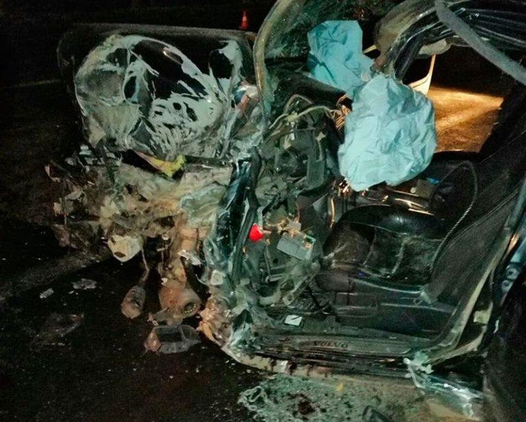 В Смолевичском районе столкнулись легковушка Volvo и грузовик МАЗ