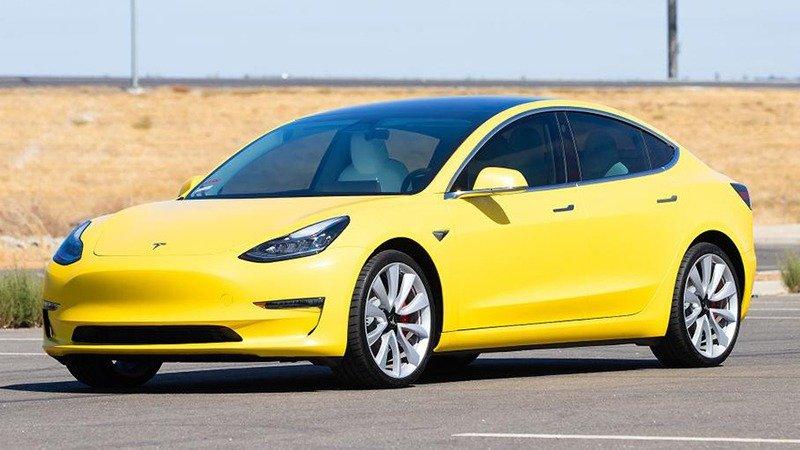 Tesla Model 3 скоро пополнит ряды знаменитых жёлтых такси в Нью-Йорке
