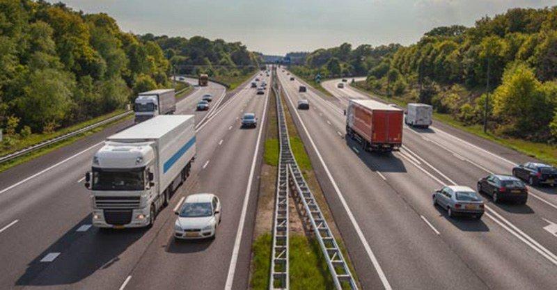Нидерланды ограничили скорость на автобанах до 100 км/ч