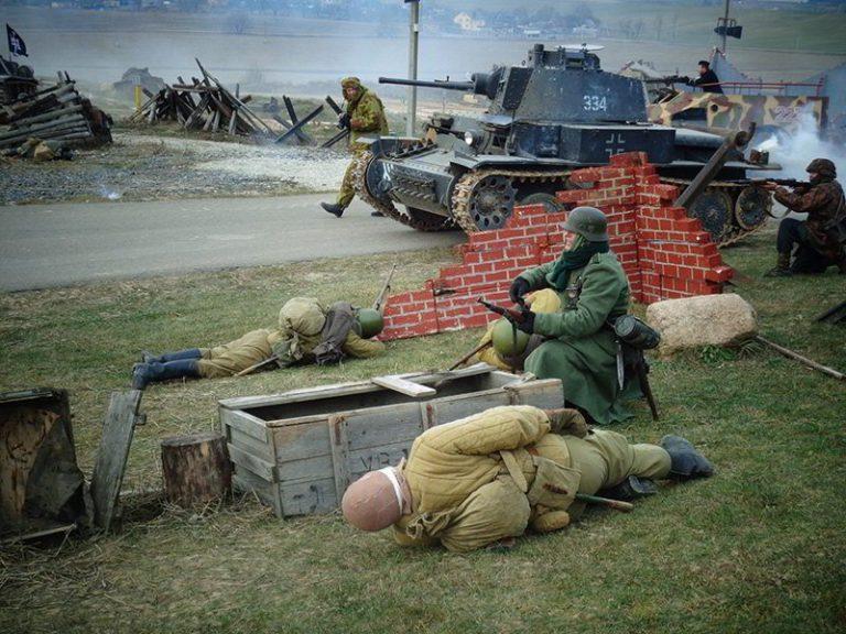 """День ракетных войск и артиллерии отметили на ИКК """"Линия Сталина"""""""