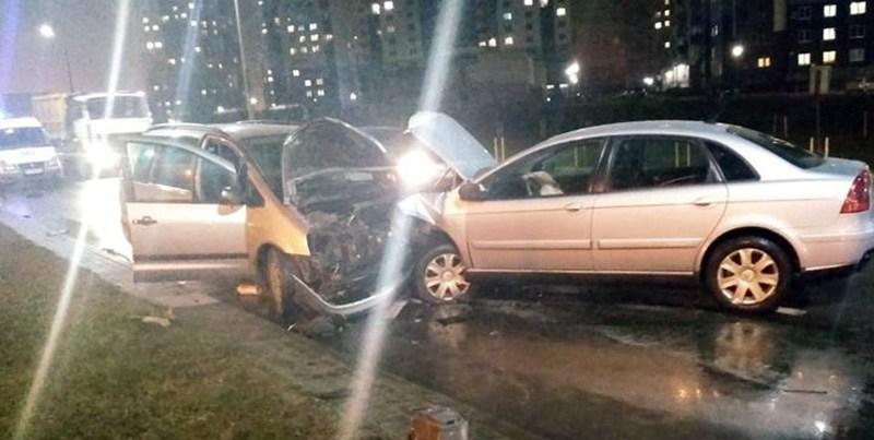 В Гродно лоб в лоб столкнулись Citroen и Ford