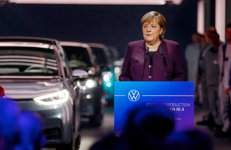 Volkswagen запустил производство электромобилей ID.3