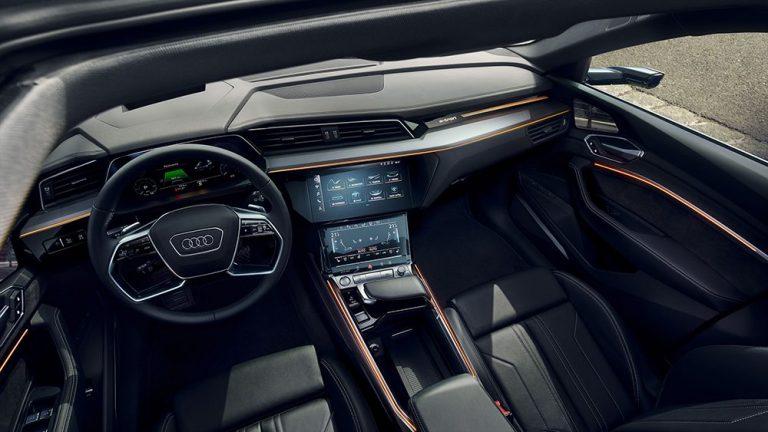Audi планирует отказаться от привычных кнопок в салоне