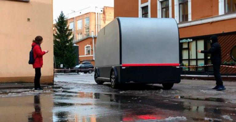 В России провели испытания беспилотного грузовика