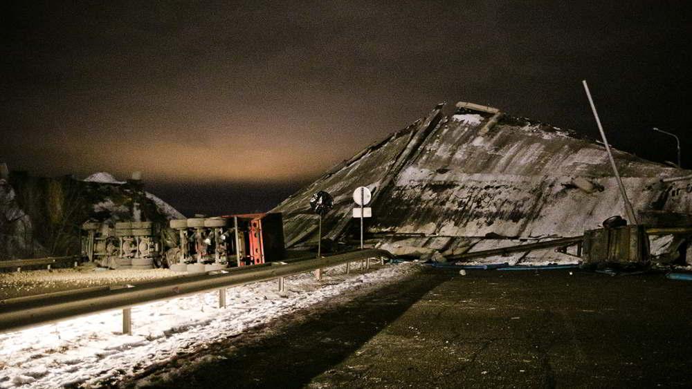 Под Оренбургом обрушился мост