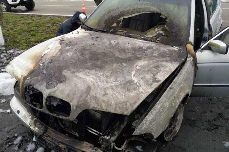 Ревнивец поджег BMW