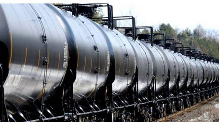 Россия не разрешает Казахстану поставлять нефть в Беларусь