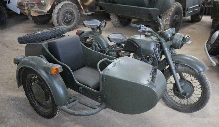 "мотоцикл МВ 650 ""Днепр"""
