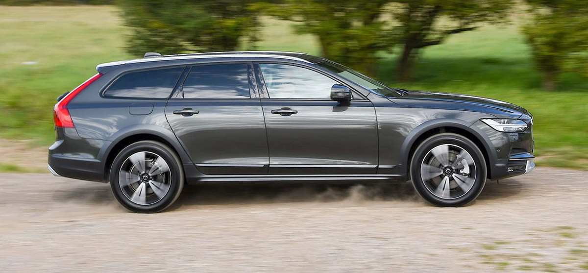 Audi A6 Allroad и Volvo V90 Cross Country: аристократы в кроссовках
