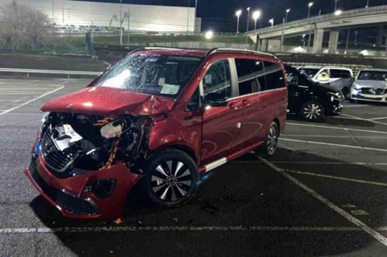повреждения Mercedes