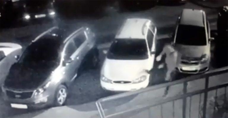 Минчанин повредил авто