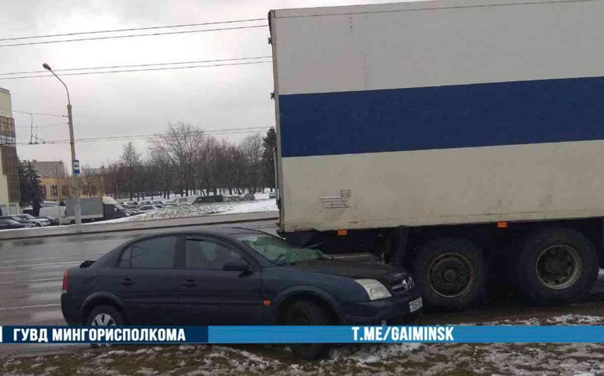 ДТП на улице Ваупшасова