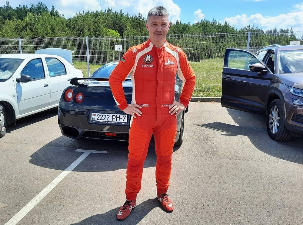 Сергей Вязович дебютировал в треке