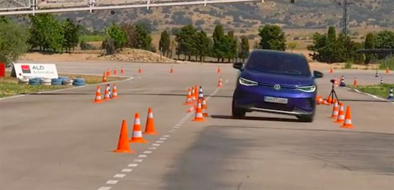 Лосиный тест Volkswagen ID.4