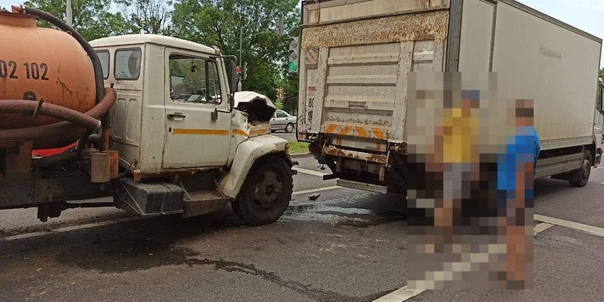 ДТП двух грузовиков