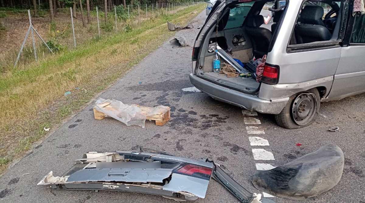 опрокинулся Peugeot в Жлобинском районе